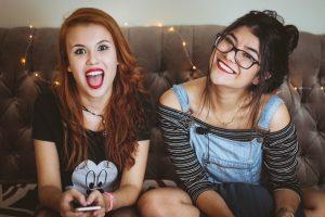 happy-teenage-girls