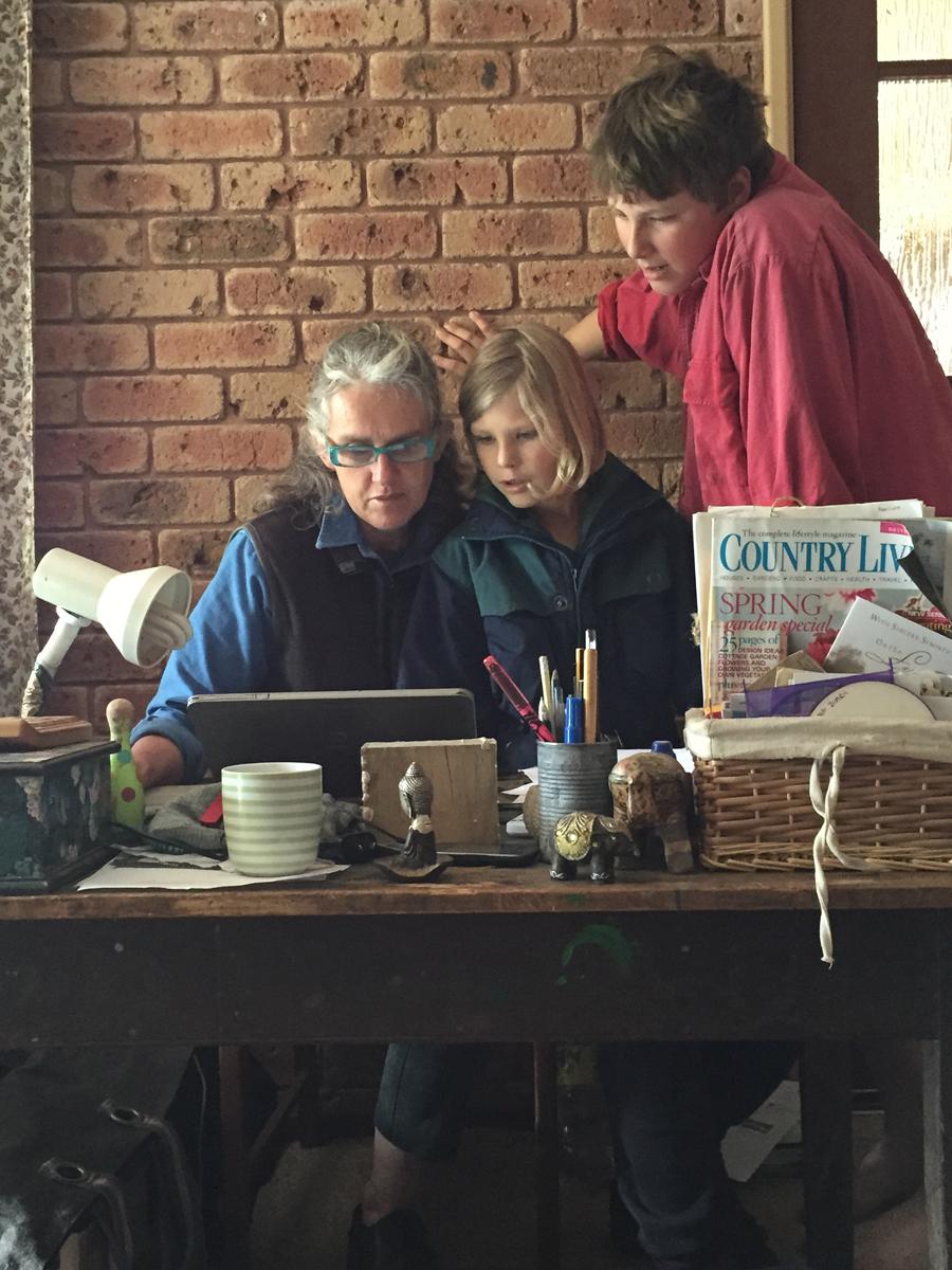 multigeneration-learning-together